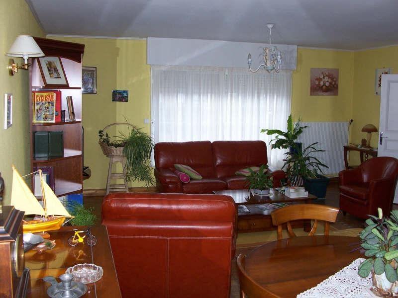 Sale house / villa Avesnes sur helpe 263500€ - Picture 4