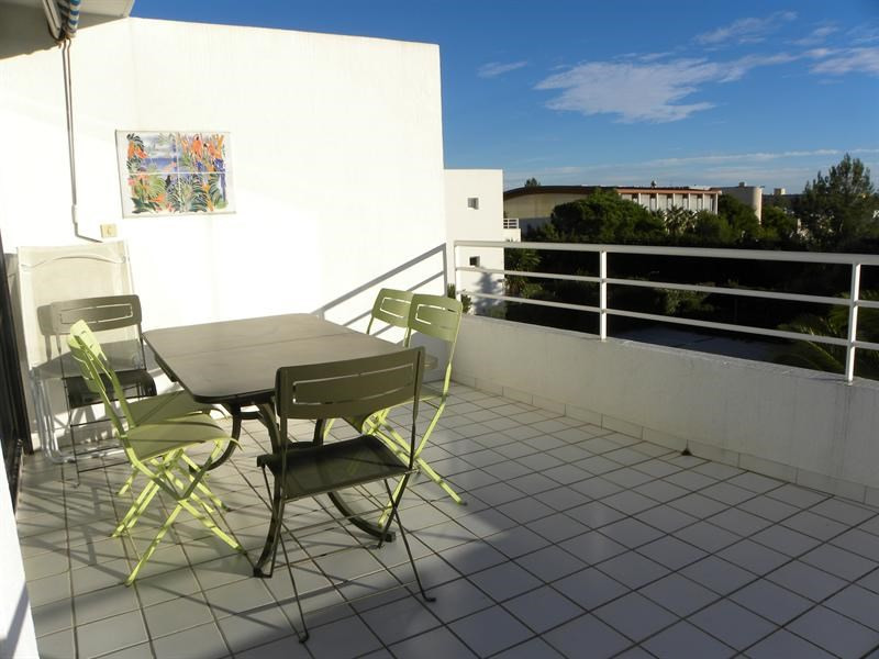 Location vacances appartement Bandol 370€ - Photo 3