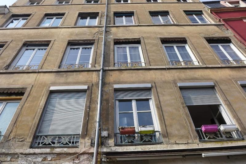 Location appartement Caluire 686€ CC - Photo 1