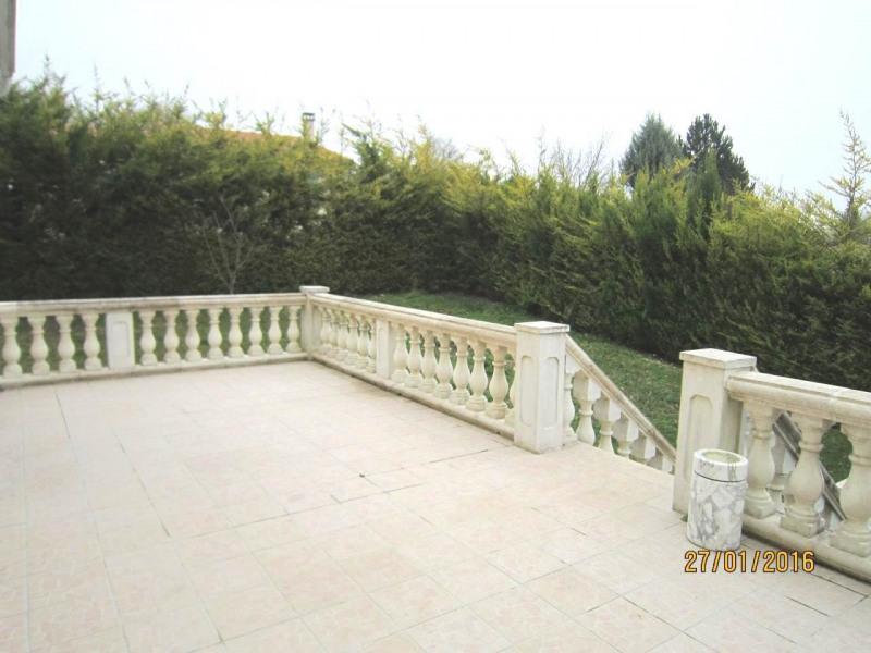 Sale house / villa Saint-laurent-de-cognac 264500€ - Picture 16