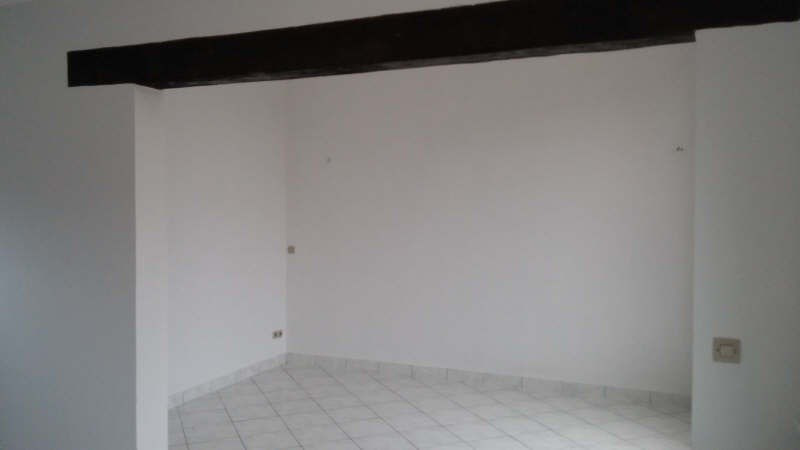 Location maison / villa Carrieres sous poissy 900€ +CH - Photo 3