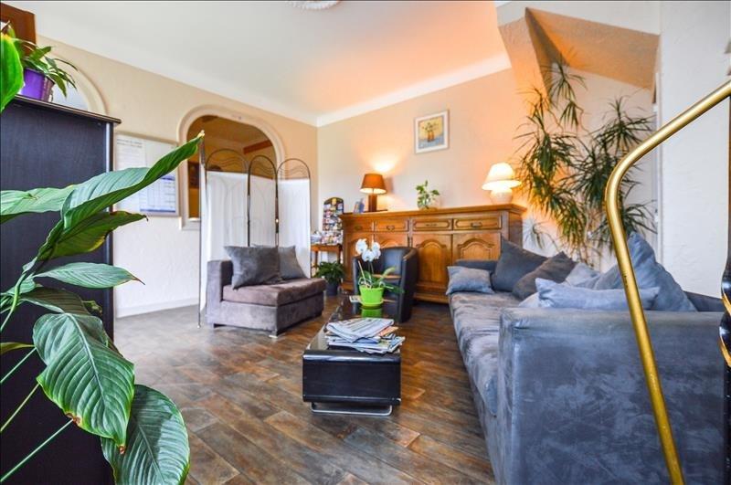 Deluxe sale house / villa Pau 577500€ - Picture 2