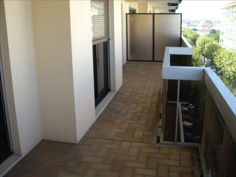 Location appartement Roanne 761€ CC - Photo 4