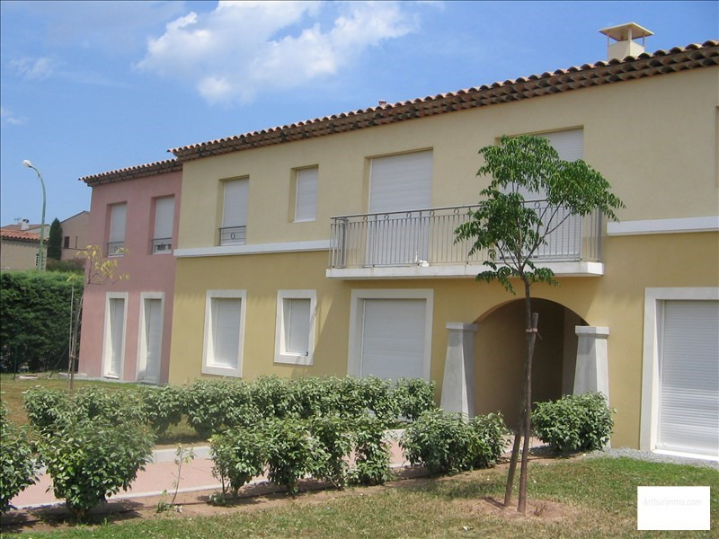 Location appartement Roquebrune sur argens 760€ CC - Photo 1
