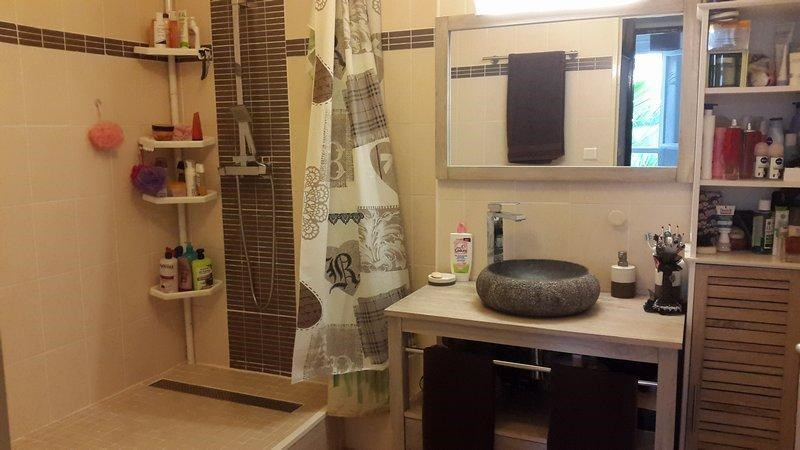 Deluxe sale apartment Saint-denis 170000€ - Picture 2