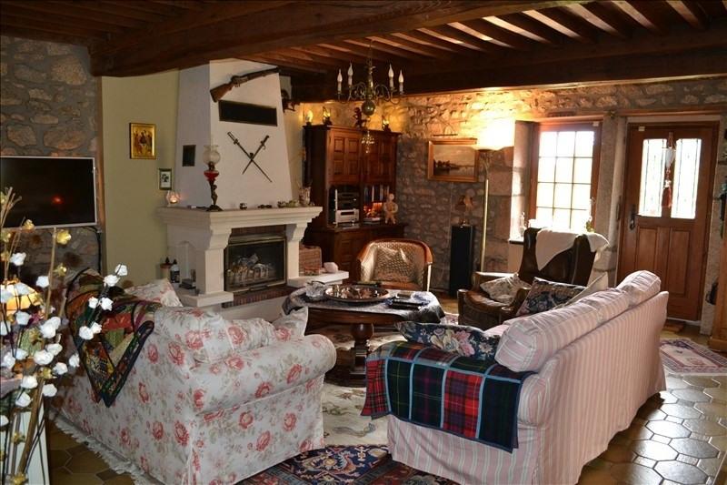 Sale house / villa Champeau 215000€ - Picture 2