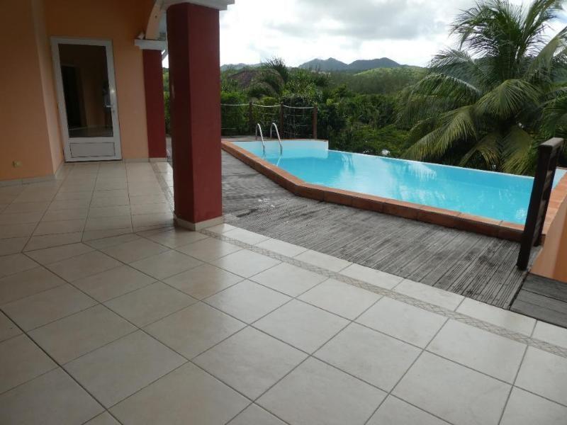 Deluxe sale house / villa Trois ilets 569500€ - Picture 1