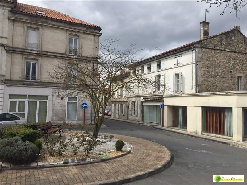 Rental empty room/storage La couronne 350€ +CH/ HT - Picture 1
