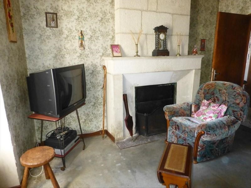 Sale house / villa St jean d angely 137500€ - Picture 6