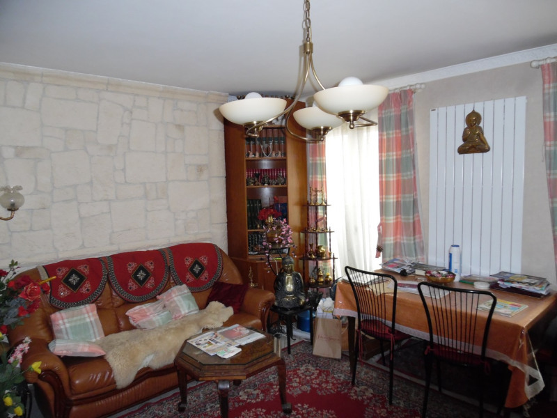 Sale house / villa Poissy 310000€ - Picture 4