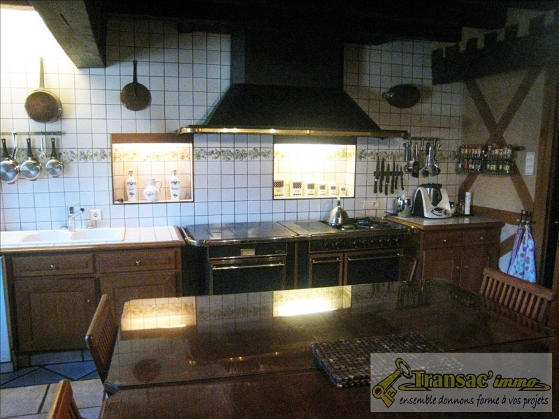Sale house / villa Puy guillaume 253 200€ - Picture 6