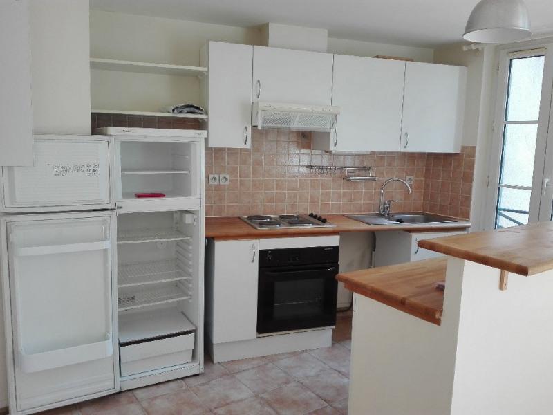 Location appartement Saint germain en laye 695€ CC - Photo 3