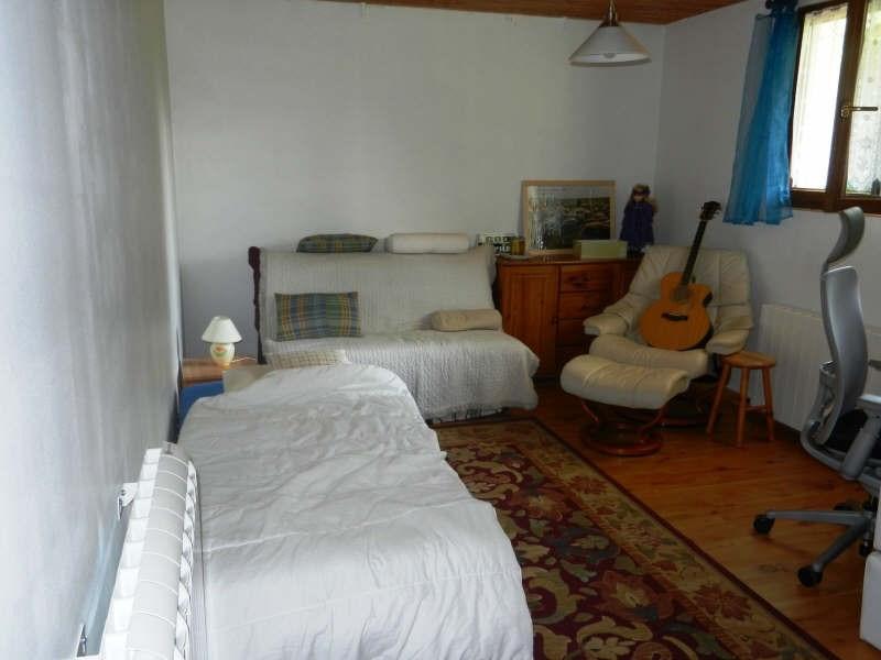 Sale house / villa Cranves sales 360000€ - Picture 9