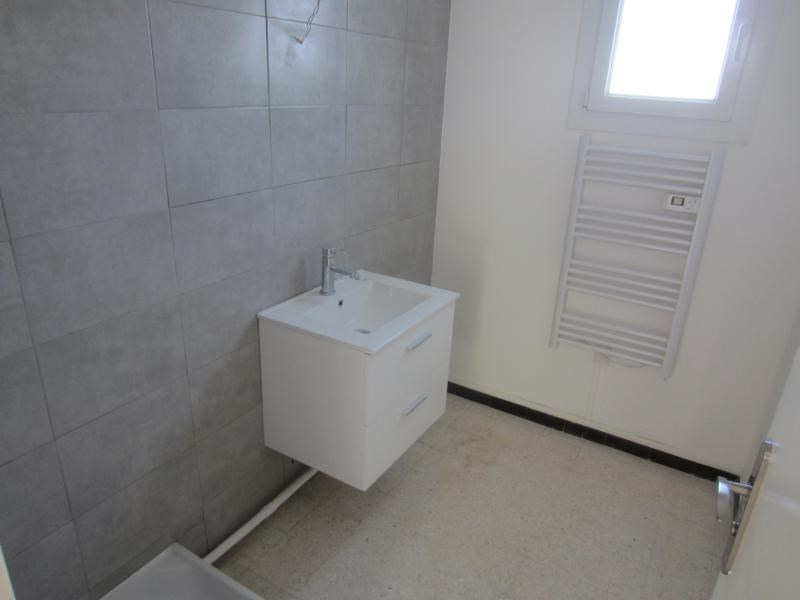 Location appartement La seyne sur mer 649€ CC - Photo 6