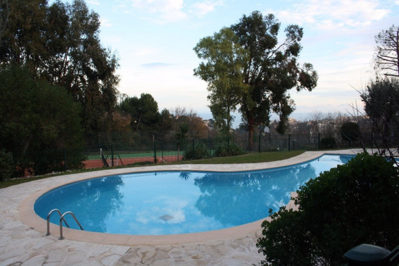 Sale apartment Nice 198000€ - Picture 2