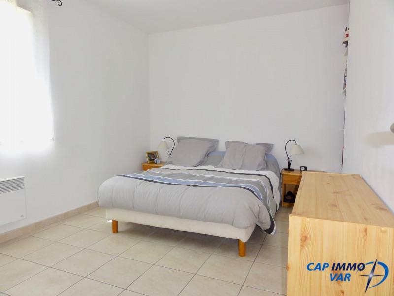 Vente maison / villa Signes 239000€ - Photo 8
