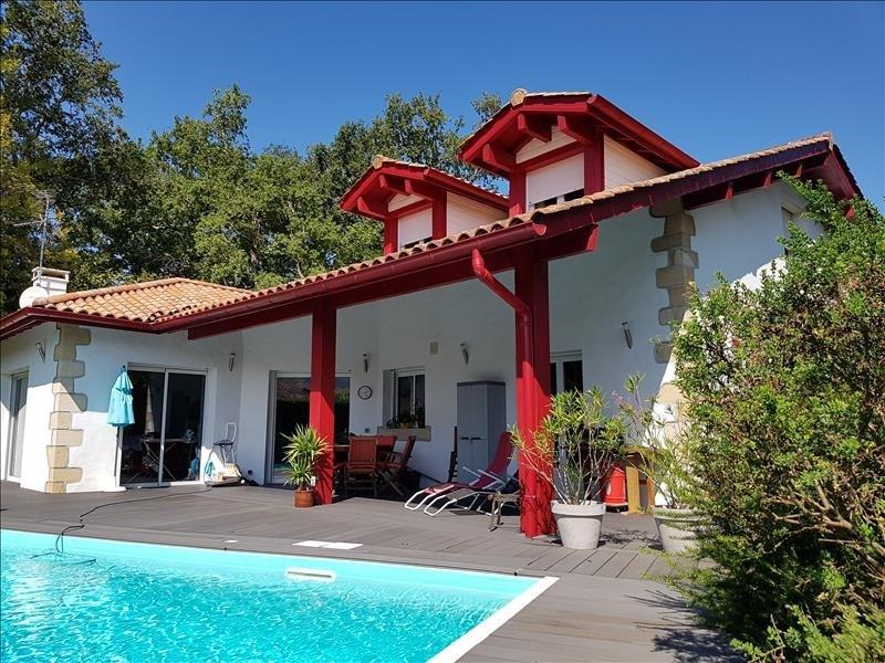 Deluxe sale house / villa Ascain 760000€ - Picture 1