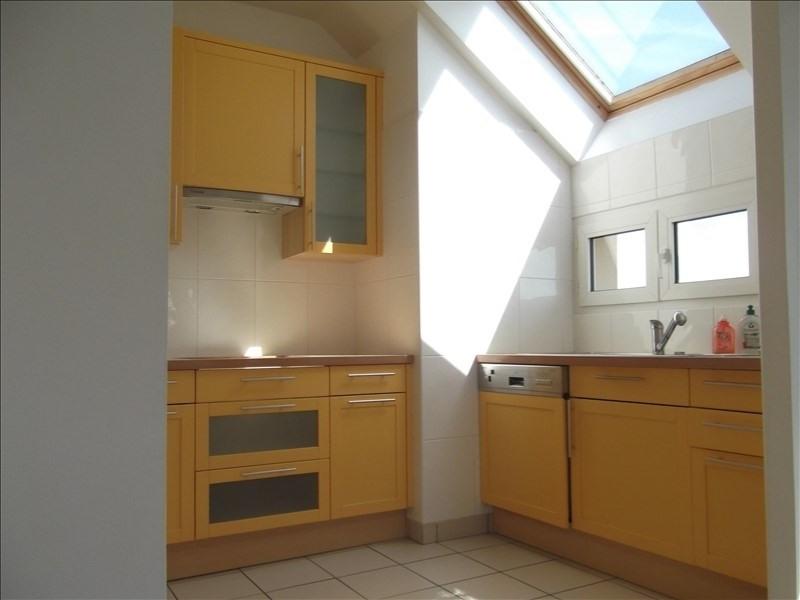 Rental apartment Voisins le bretonneux 1592€ CC - Picture 4