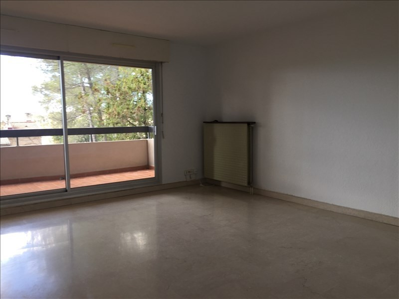 Rental apartment Nimes 810€ CC - Picture 2