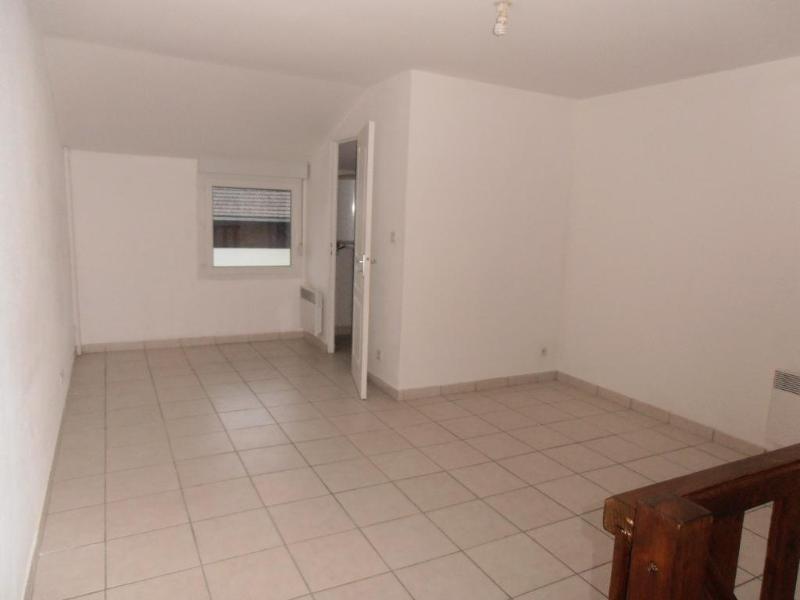 Location appartement Oyonnax 361€ CC - Photo 2