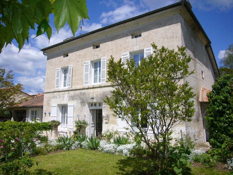 Sale house / villa Brantome 349900€ - Picture 1