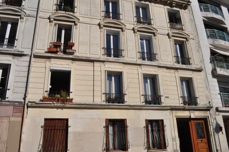 Verkoop  appartement Paris 20ème 139000€ - Foto 2