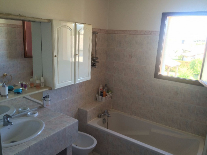 Sale house / villa Boe 217750€ - Picture 11