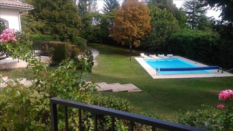 Deluxe sale house / villa Leognan 635000€ - Picture 1