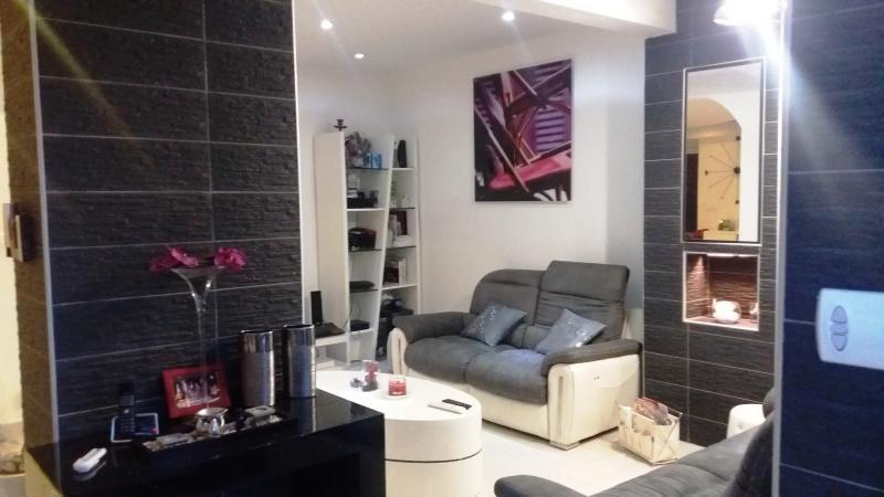 Vente de prestige maison / villa Saint denis 654000€ - Photo 2
