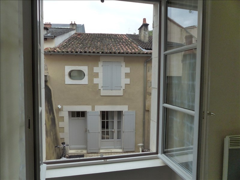 Sale apartment Poitiers 68292€ - Picture 1