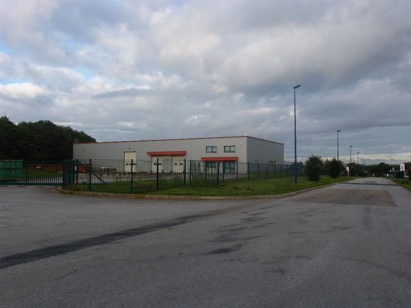 Vente Local d'activités / Entrepôt Saint-Évarzec 0