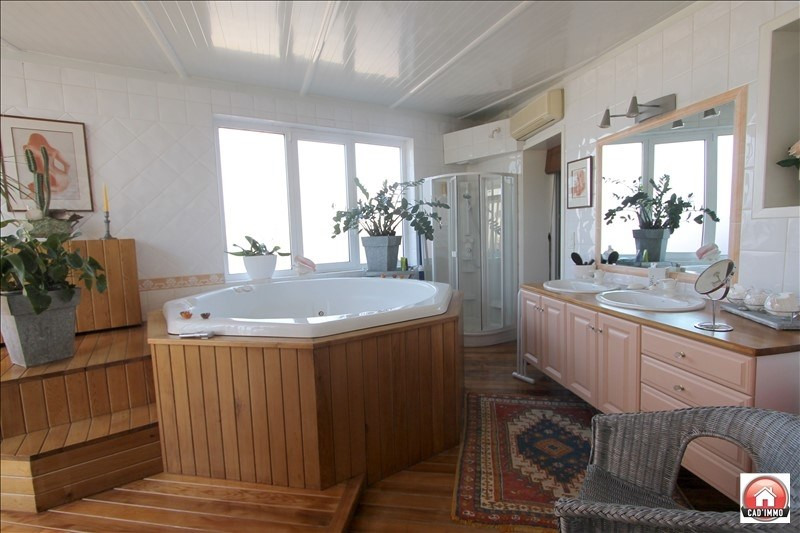 Sale house / villa Bergerac 285000€ - Picture 8