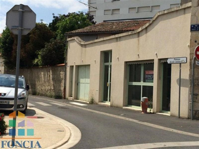 Location Local commercial Niort 0