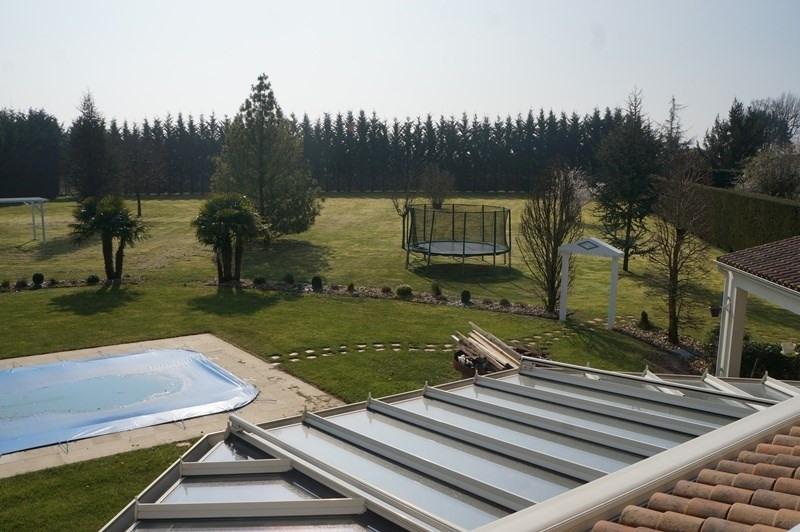 Vente de prestige maison / villa Cherves richemont 628950€ - Photo 8