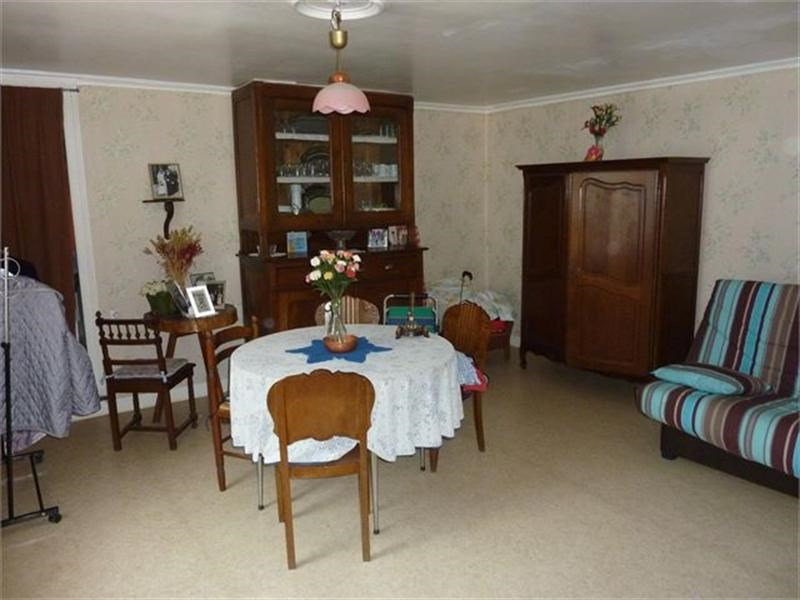 Sale house / villa Favieres 116000€ - Picture 2
