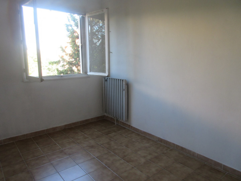 Location appartement Aix-en-provence 910€ CC - Photo 7