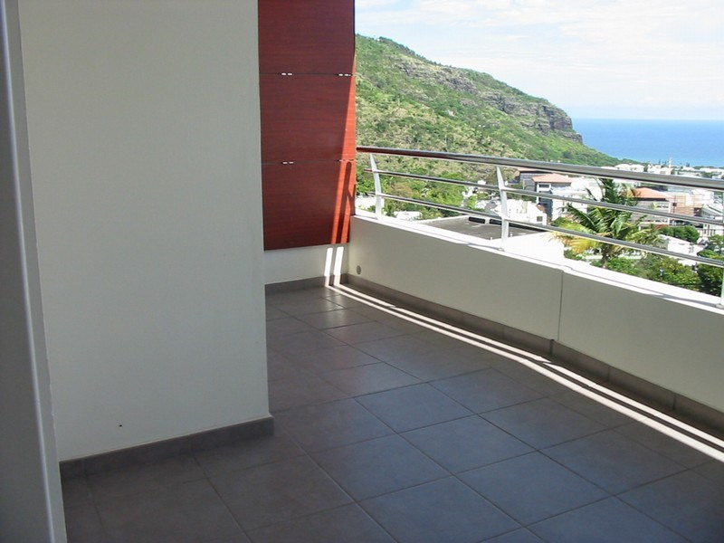 Location appartement St denis 872€ CC - Photo 5