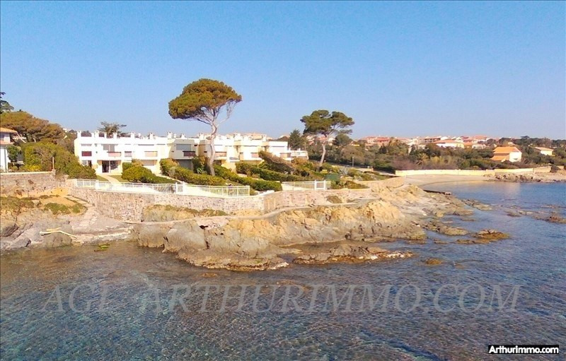 Deluxe sale house / villa St aygulf 890000€ - Picture 1