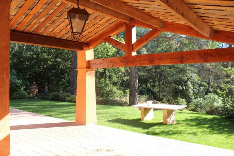 Location maison / villa Venelles 2200€ +CH - Photo 6