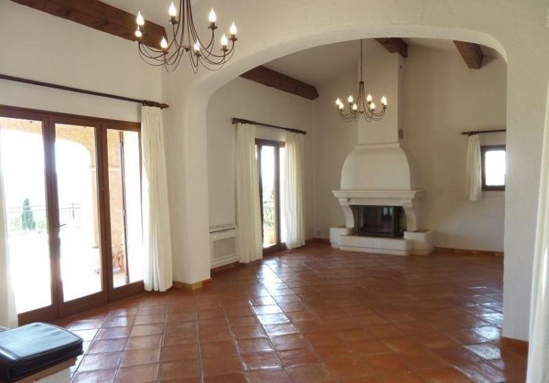 Vente de prestige maison / villa Roquebrune sur argens 637000€ - Photo 4