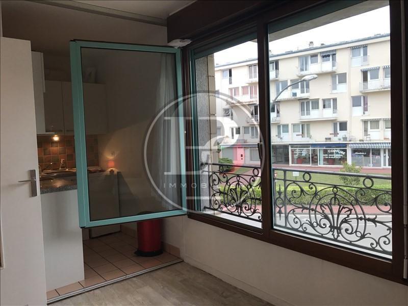 Locação apartamento St germain en laye 610€ CC - Fotografia 1