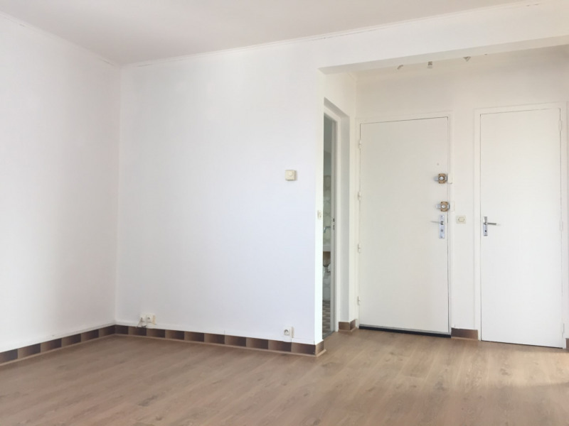 Rental apartment Pierrelaye 635€ CC - Picture 2