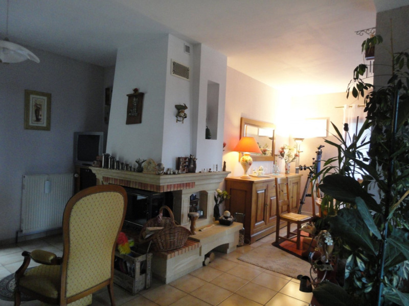 Vente maison / villa Chaptelat 199 500€ - Photo 4