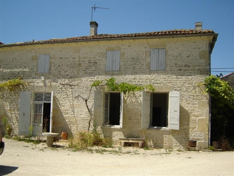 Sale house / villa Saint-jean-d'angély 53750€ - Picture 1