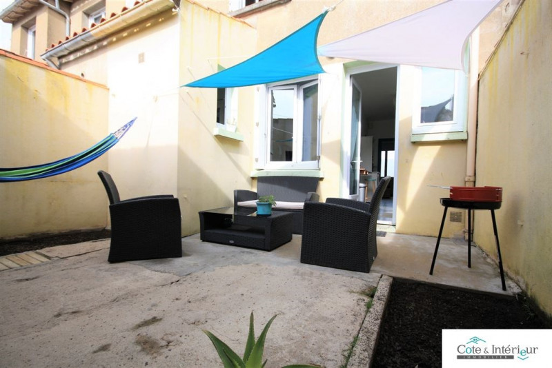 Sale apartment Les sables-d'olonne 160 000€ - Picture 1