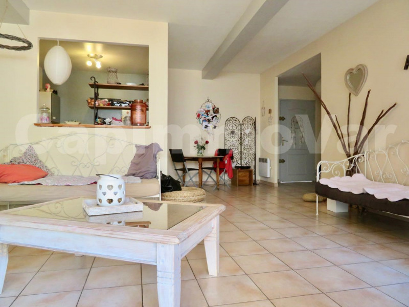 Sale apartment Le beausset 194 000€ - Picture 2