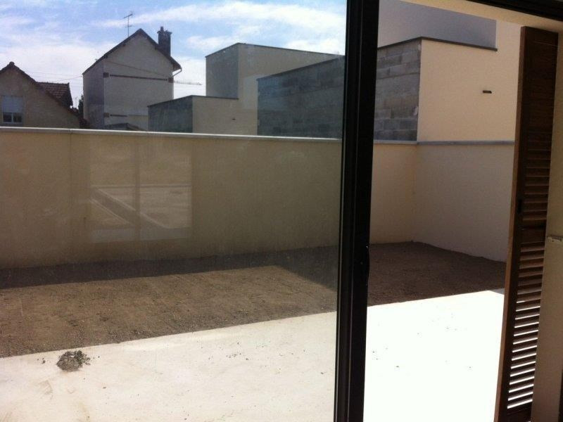 Rental house / villa Troyes 909€ CC - Picture 3