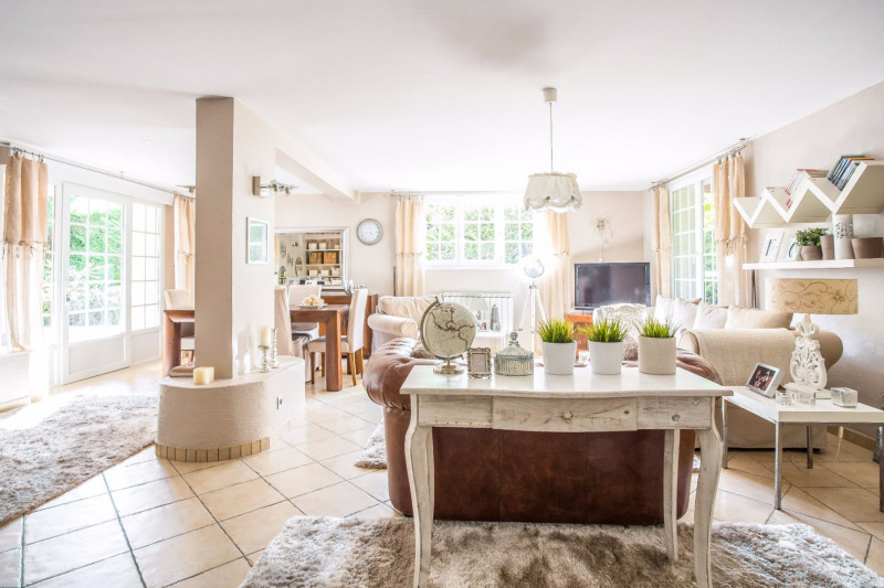 Maison Decines Charpieu 5 pièce (s) 148 m²