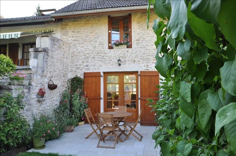 Sale house / villa Thoirette 149000€ - Picture 1