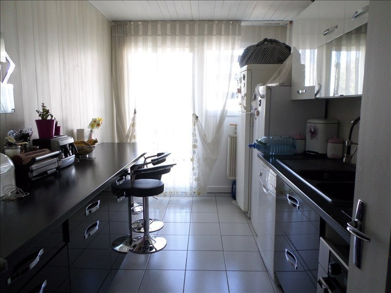 Sale apartment Oyonnax 74500€ - Picture 2